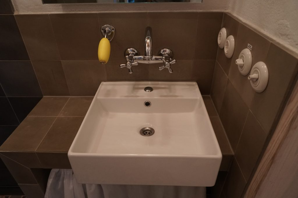 Badezimmer Waschbecken
